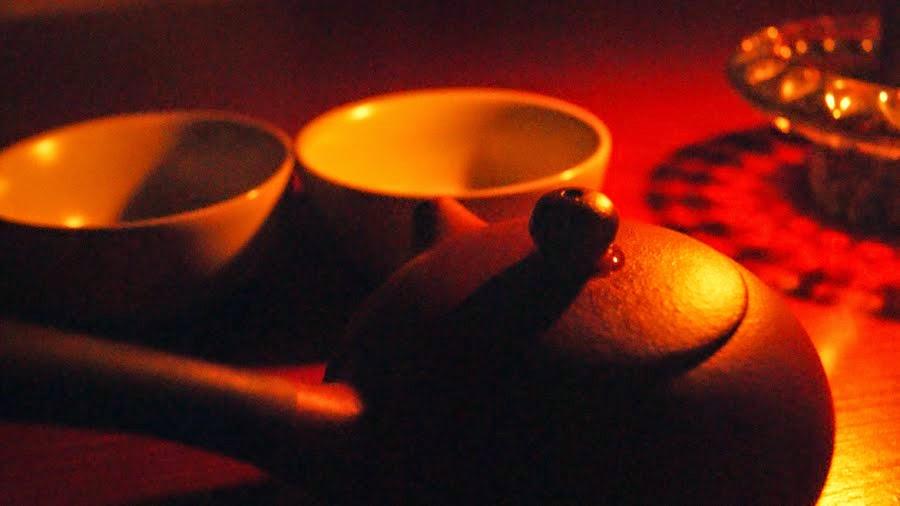 talvi ja tee, teesuosituksia, talvelle, lämmittävä tee, musta tee, puerh, chai, assam