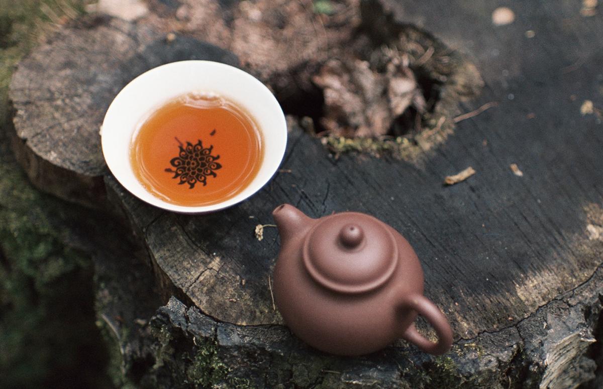 Tutustu Teekaupan laajaan irtoteen valikoimaan ja tilaa itsellesti korkealaatuista ja tuoretta teetä!